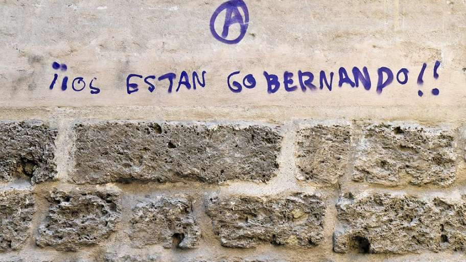 OS ESTÁN GOBERNANDO (IMBÉCILES)